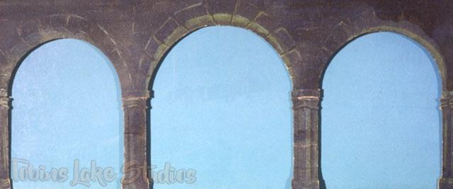 16 - Triple Stone Arch Drop
