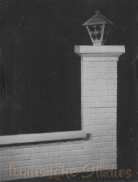 5004 - Gate Post with Lamp Kit
